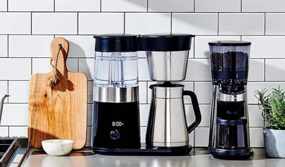 drip coffee maker with thermal carafe